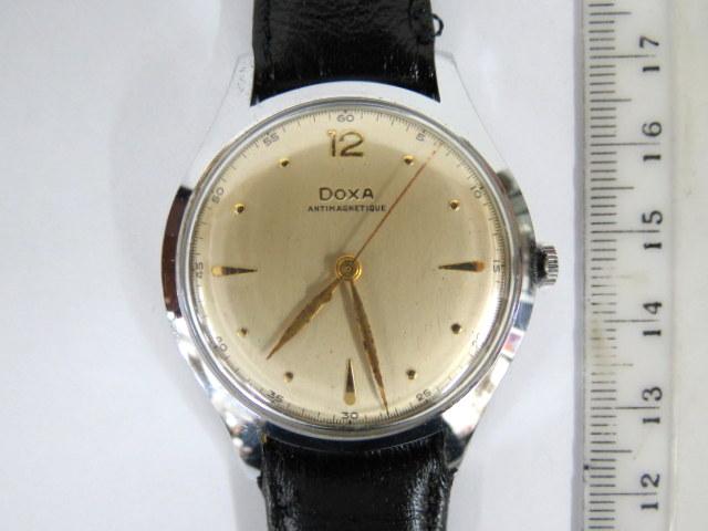 שעון יד תוצ Doxa, מנגנון מכני קופסה פלדה, לגבר