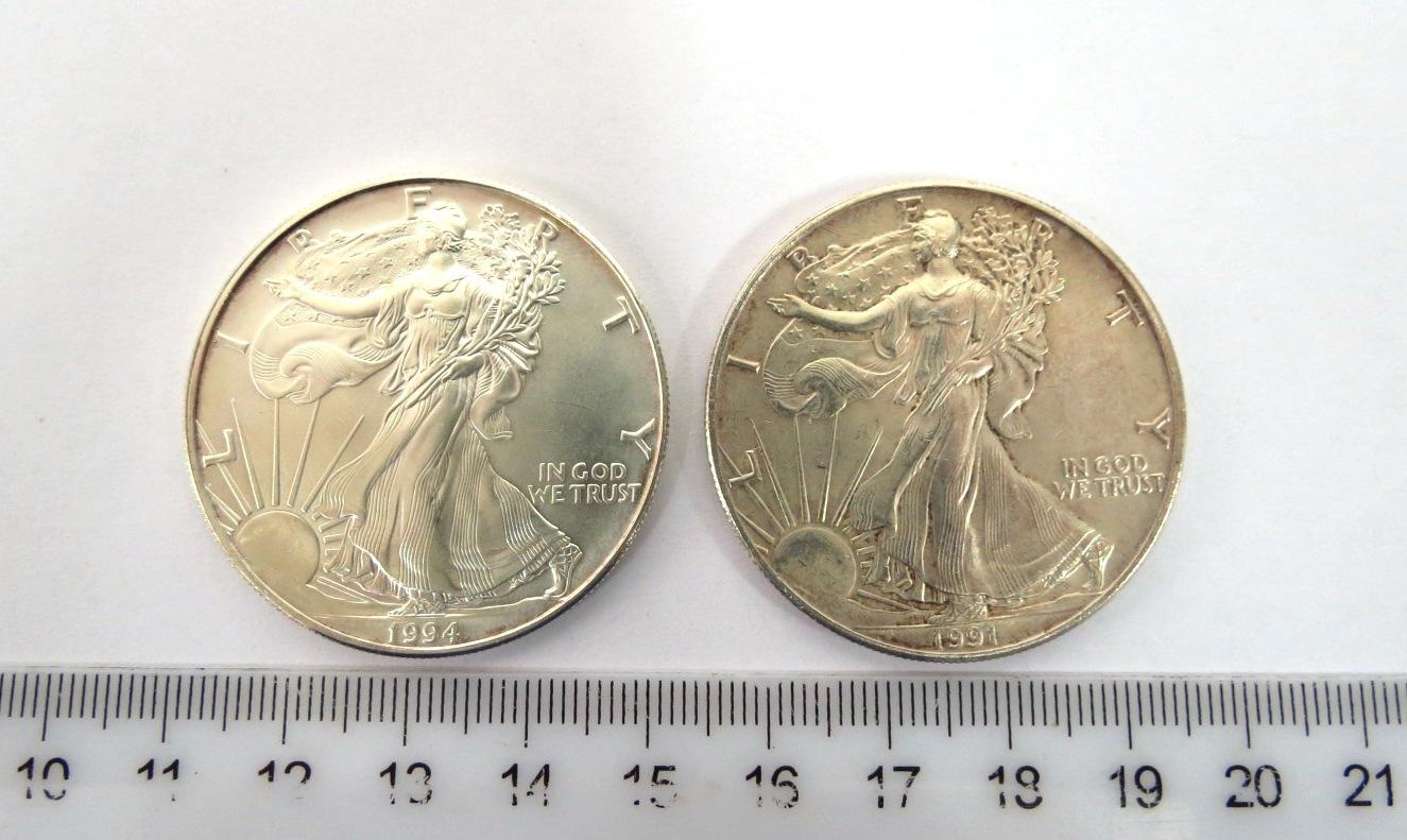 """שני מטבעות Liberty Dollar, ארה""""ב כ""""א במשקל אונקיה כסף טהור : 1991, מצב VF, ו-1994 מצב XF"""