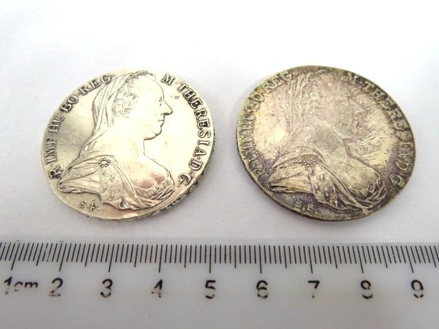 """שני מטבעות כסף ע""""ס טאלר, אוסטריה, 1780 Maria Teresia (restrike),silver 833,  XF"""