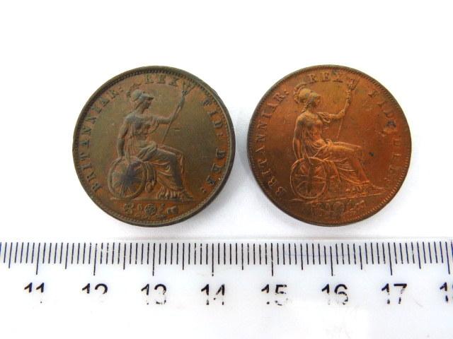 """שני מטבעות אנגליים ע""""ס חצי פני המלך ג'ורג' הרביעי, 1827, 1837, מצב XF"""