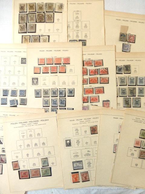 דפים עם אוסף של בולי פולין, שנות ה30 עד שנות ה50 (מודבקים)