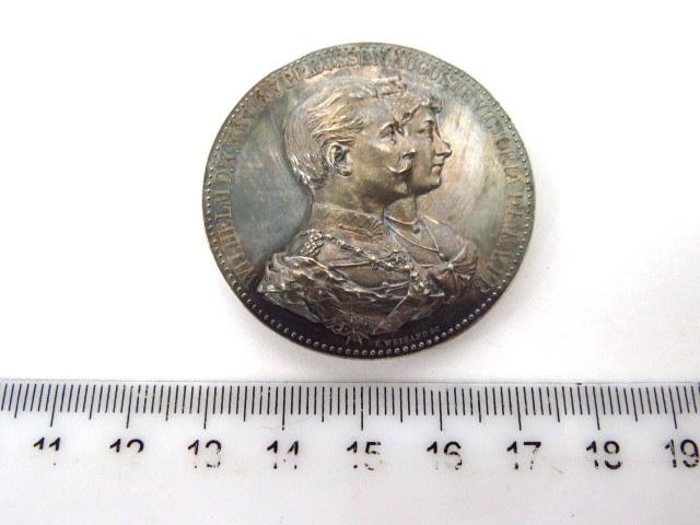מדלית כסף לכבוד יובל הנישואין של וילהלם מלך פרוסיה, 12.5.1912 (פגם קל)