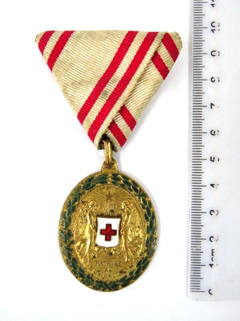 """אות """"הצלב האדום 1864-1914"""""""