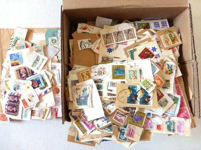 לוט בולים חתומים cutouts כל העולם