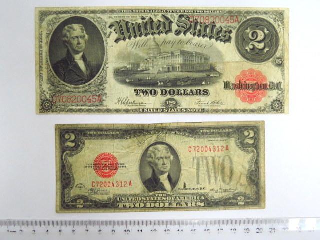 """שני שטרות, כ""""א ע""""ס שני דולר אדום: סדרה של 1917 VG-Fine, Krause 188, סדרה של 1928, VG Krause 378 d"""