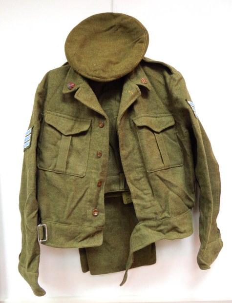 """מדי חורף, חייל צה""""ל, שנות ה60 כולל: ירכית, מכנסים וכומתה"""