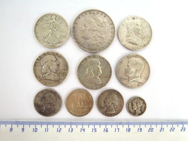 """לוט מטבעות כסף ארה""""ב: מטבע דולר מורגן, 1884, חצי דולר (40,54,62,63,64), רבע דולר (52,52,64), דיים (45)"""