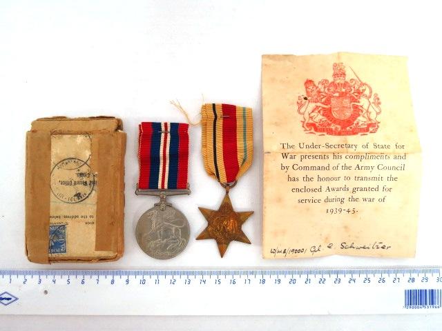 שני אותות צבא בריטניה, מלחמת העולם השניה, כולל סרטים וקופסת משלוח: War Medal 1939-1945, Africa Star