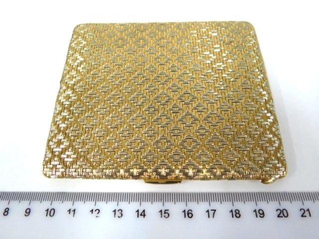 קופסת סיגריות מחוטי זהב 18K רקומים