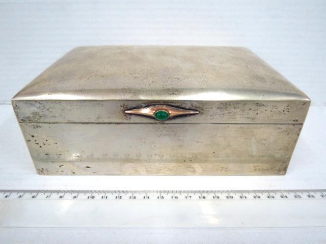 קופסת סיגרים עשויה כסף 800 תוצ' שבדיה, יבוא לאוסטריה, עם הכבדה