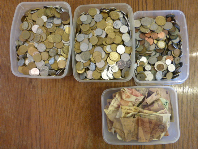 לוט מטבעות ושטרות, כל העולם