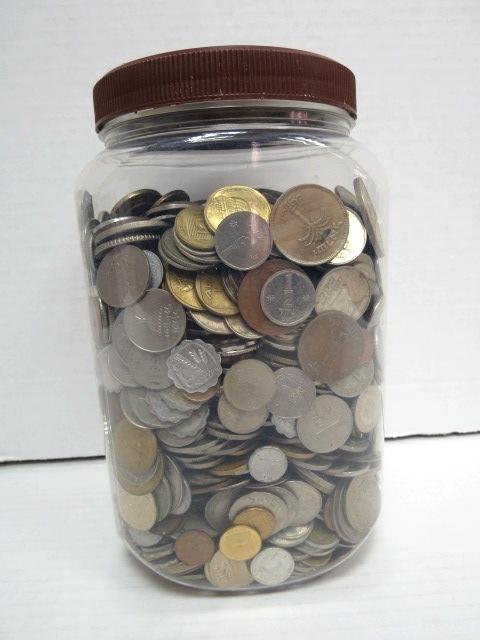 """לוט מטבעות ישראל, בצנצנת, ס""""ה 6.9 ק""""ג"""