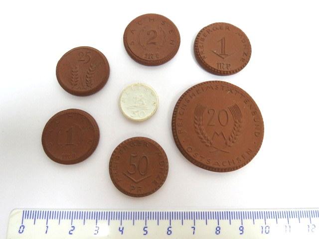 שבעה מטבעות קרמיקה שונים תוצ Meisen, שימש כ Notgeld, גרמניה, שנות ה20
