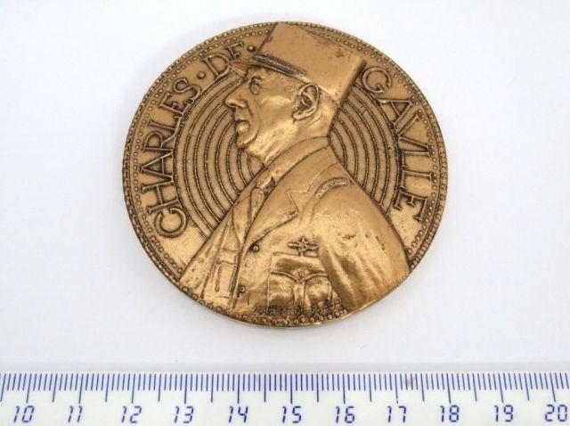 מדלית ברונזה לזכר Charles De Gaulle מטבעת Monnaie de Paris