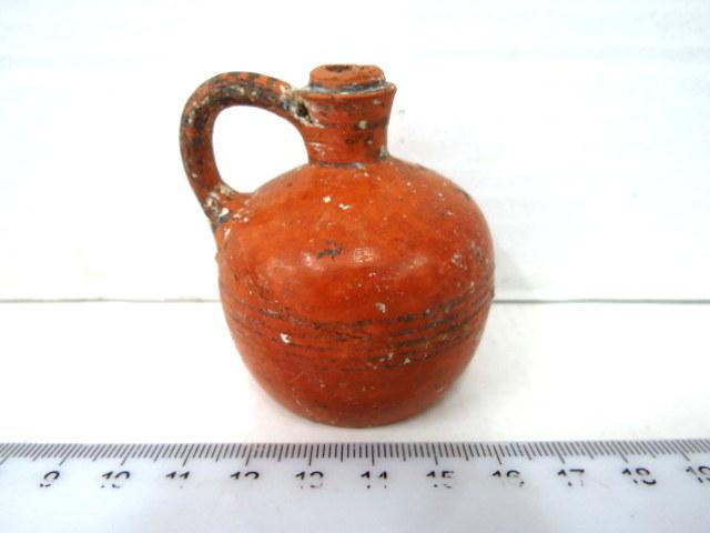 """כד מיניאטורי (פנכה), קורינת המאה הרביעית לפנה""""ס"""
