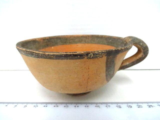 """קערית טרה קוטה, קפריסין, המאה הרביעית לפנה""""ס (תיקון)"""