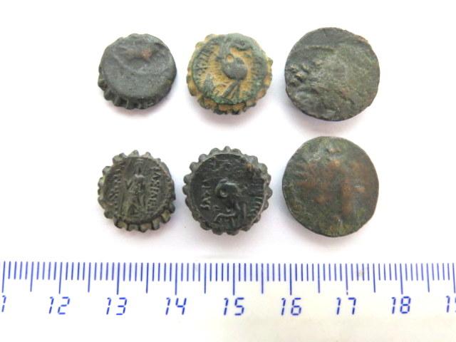 """שש מטבעות ברונזה סלווקיות מאה שלישית עד שניה לפניה""""ס"""