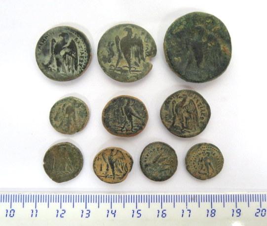 """עשר מטבעות ברונזה, בית תלמיי המאה השלישית עד המאה הראשונה לפנה""""ס"""
