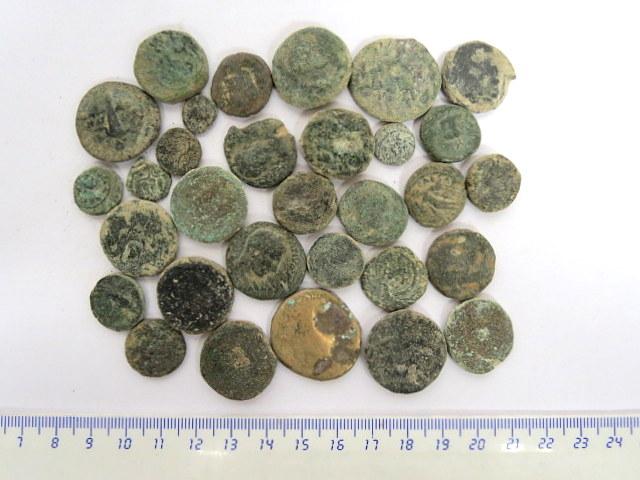 """לוט 30 מטבעות ברונזה """"ערים"""" ארץ ישראל, סוריה ומצרים"""