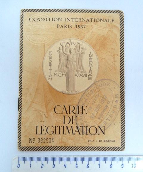 """תעודת השתתפות ביריד הבינלאומי, פריז 1937 המשתתף הוא זיגפריד גרוס, תושב גדרה, א""""י פלשתינה, יהודי בעל אזרחות גרמנית"""