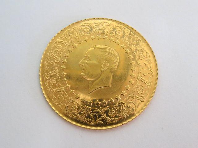"""מטבע זהב 917 ע""""ס 250 פיאסטר עם דיוקן """"אטה טורק"""", 1968"""