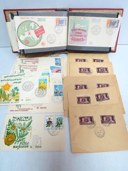 אלבום עם מעטפות, ארצות שונות שנשלחו בדואר, מרוקו, צרפת, אנגליה ועוד
