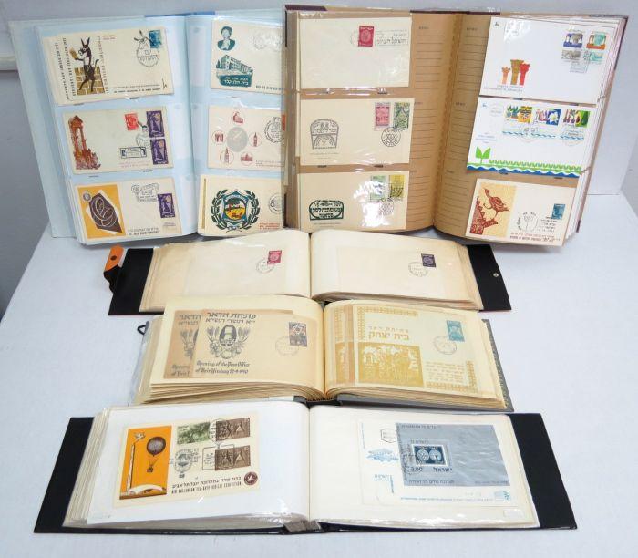 חמישה אלבומי מעטפות כולל יום ראשון פתיחות סניפי דואר עם בולי דואר עברי, ועוד פריטים לא ממויינים