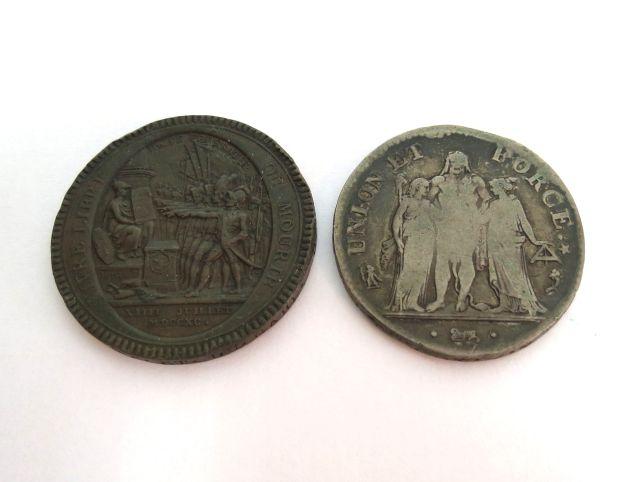 שתי מטבעות, המהפכה הצרפתית: 5 סול 1790, ארד, מצב VF, חמישה פרנק שנה 5 למהפכה, כסף, מצב good