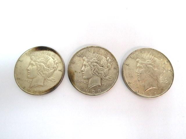 שלוש מטבעות כסף Liberty Dollar 1922 Fine (2), 1923 Fine