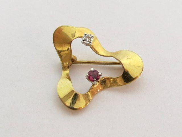 סיכת זהב 8K, משובצת ברובי ויהלום, רטרו