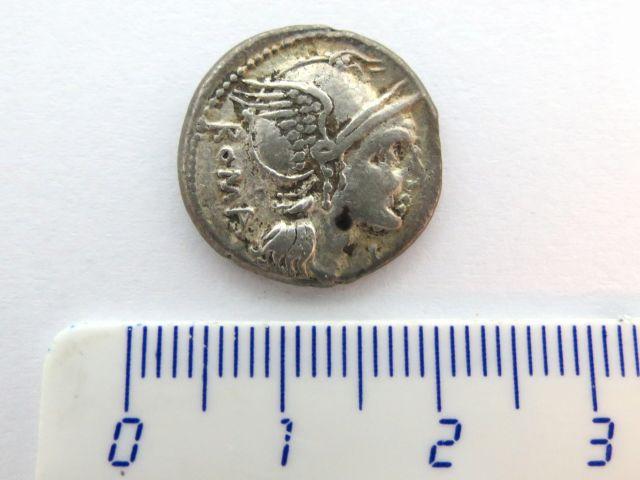 """מטבע כסף רומי ע""""ס דינר פלמיניה  109-108 לפנה""""ס Flaminia,"""