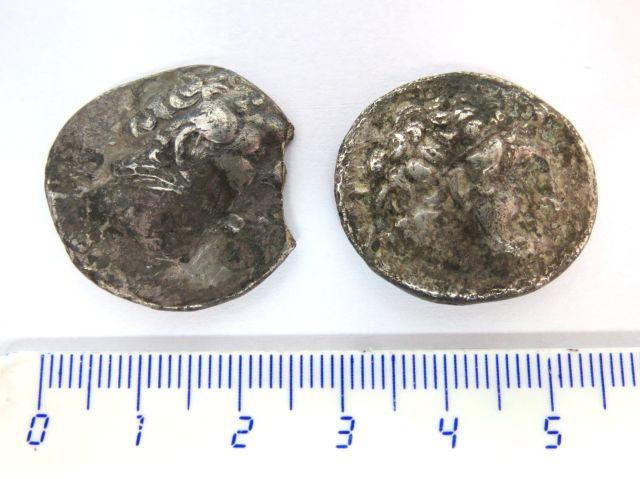 שתי מטבעות כסף טטרדרכמות בית תלמיי, מצרים