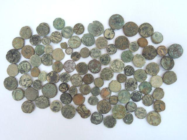 """100 מטבעות הלניסטיות ורומיות ארץ ישראל, המאה שלישית לפנה""""ס עד מאה רביעית לספירה"""