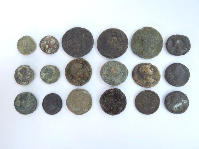 18 מטבעות ערים רומיות, ברונזה, ארץ ישראל וסוריה, מאה ראשונה עד רביעית לספירה, מצבים good-VG