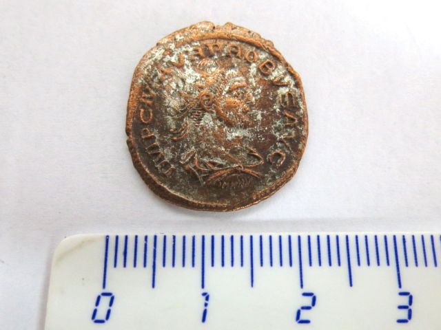 מטבע, שלטון  Probus Antoninianus 276-282 לספירה נשארו סימני כסף, פנים: ראשו פונה לימין, גב: האלה Clementia טביעה חדה, מצב F+