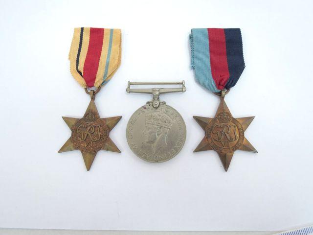 לוט אותות מלחמת העולם השניה צבא בריטניה: Africa Star, War Medal, 1939-45 Star