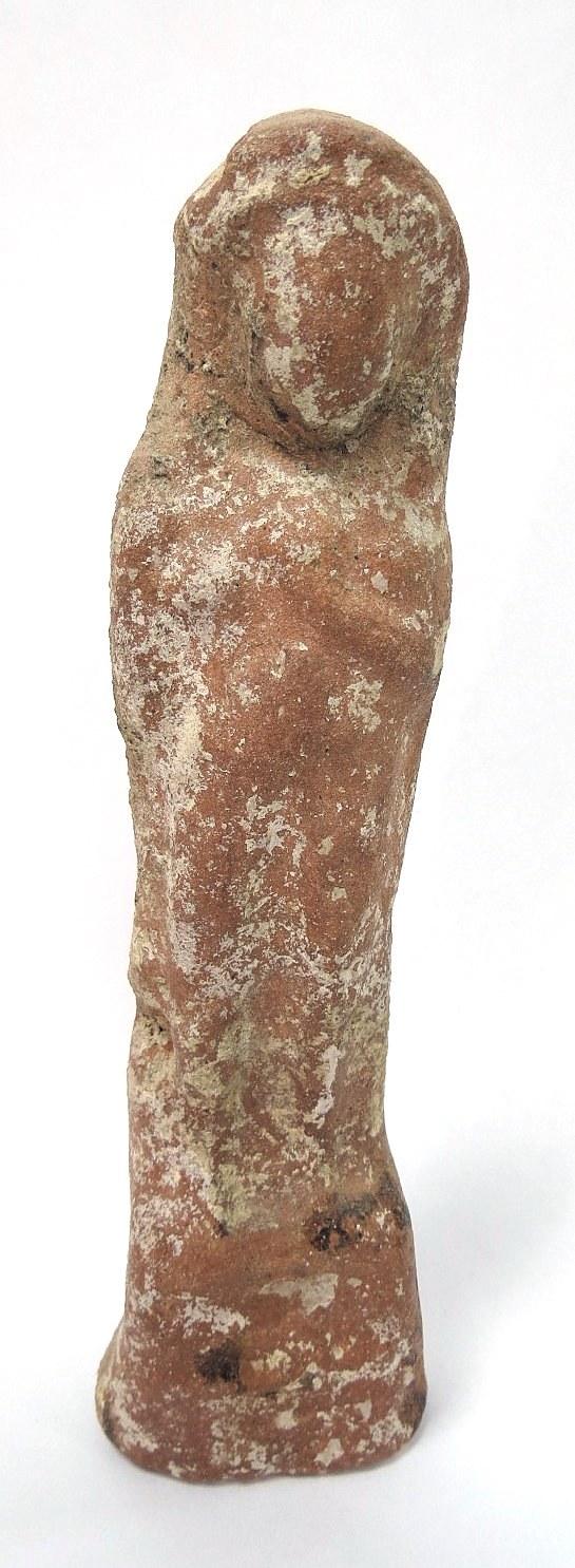 """צלמית טרה קוטה פניקית של האלה עשתורת, המאה ה6-4 לפנה""""ס, נמצאה בים, אורך 180 מ""""מ, מצב טוב"""