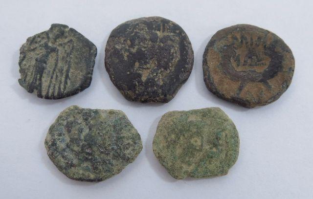 """לוט של 5 מטבעות נבטים מאה ראשונה לפנה""""ס - מאה ראשונה לספירה"""