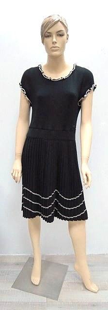 שמלה תוצ Chanel, סריג צמר שחור, חלק תחתון פליסה, מידה 46