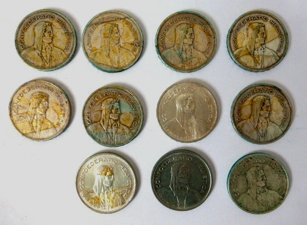 """אחד עשרה מטבעות, שוויץ ע""""ס חמישה ע""""ס חמישה פרנק: שלוש 1931B, אחת 1932B, שתים 1935B, שתים 1954B, אחד 1965B, אחד 1966B, כסף 835, 15 גרם, 1968B נחושת-ניקל"""