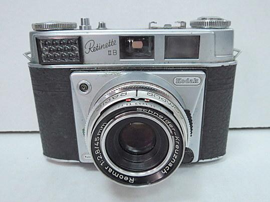 מצלמת פילם Kodak-Relinette II B עדשת Schneider- Kreuznach