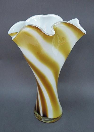 אגרטל מטפחת, זכוכית מורנו