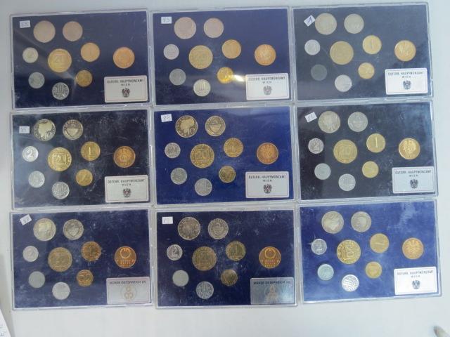 תשעה סטים מטבעות פרופ אוסטריה,  1981, 1982, 1983 (2), 1984, 1985, 1987, 1989 (2)