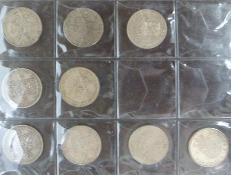 אלבום עם מטבעות Nederland 2.5 גילדן 1864-1980 (21), 1 גילדן (25)