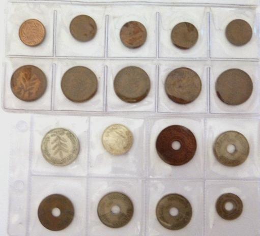"""לוט 32 מטבעות פלשתינה א""""י מצבים שונים: 100 מיל (1927), 50 מיל (1935), 20 מיל (1942), 10 מיל (4), 5 מיל (1), 2 מיל (5), 1 מיל (5)"""