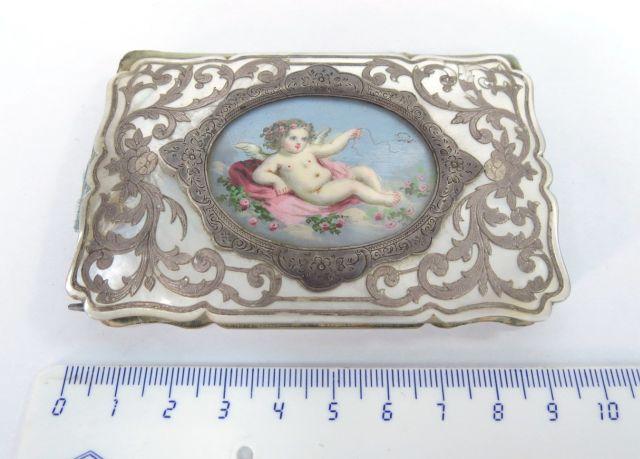 מחזיק פנקס עתיק, עבודת אינליי כסף, בצרוף מיניאטורה מצוירת ביד, המאה ה19, Souvenir de Istanbul, 9.5X6 cm