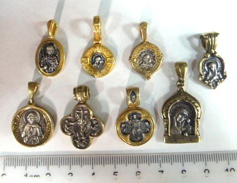 שמונה תליונים פרובוסלבים, כסף עם הזהבה