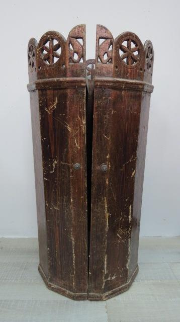"""תיק עץ לספר תורה,  טוניסיה צפון אפריקה, גובה חיצוני 84 ס""""מ"""