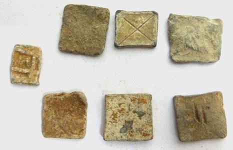 שבע משקולות עופרת רומיות וביזנטיות