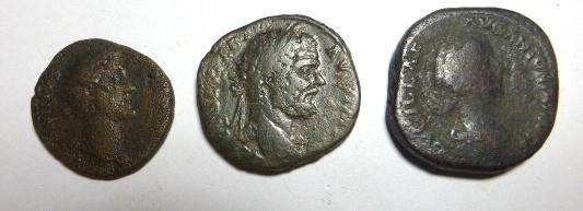 שלוש מטבעות ברונזה רומיות מאות 2-3 לספירה, ספטימוס סברוס, לוסילה, אנטונינוס פיוס